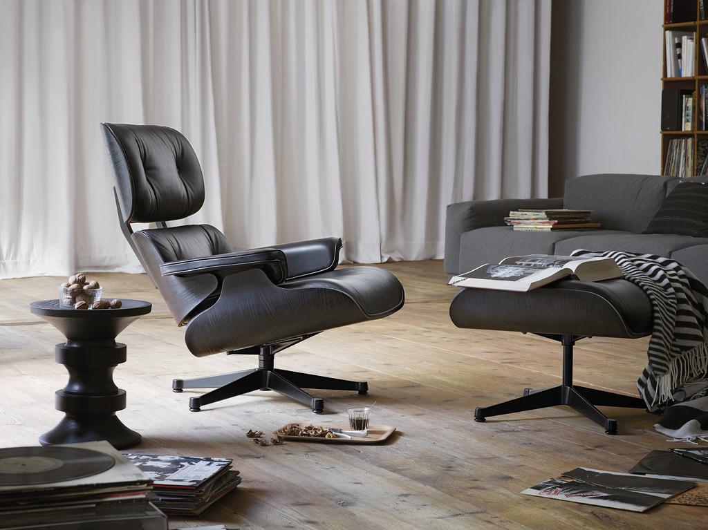 Den Vitra Lounge Chair wünscht sich so mancher Interior-Fan für die eigenen vier Wände. In Köln kann man das gute Stück live und in Farbe bewundern und natürlich auch probesitzen. Foto: © Koelnmesse GmbH