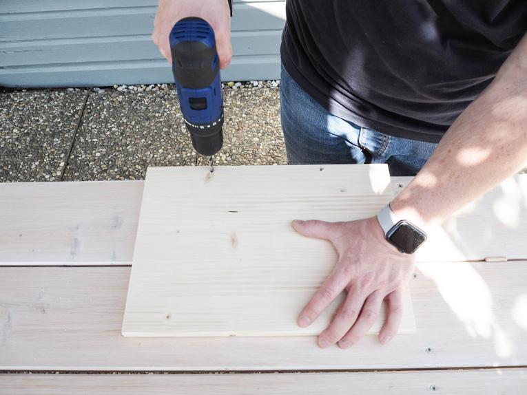 DIY-Plantbox-Pflanzbox-aus-Holz-Balkon-Terrasse-Garten-Bondex-Lack_3