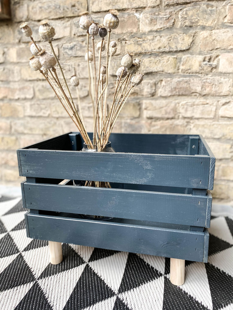 DIY-Plantbox-Pflanzbox-aus-Holz-Balkon-Terrasse-Garten-Bondex-Lack_Schritt-für-Schritt-Anleitung_DIY-Ikea-Hack-Knagglig_web